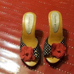 Madden girl shoes size 8.5
